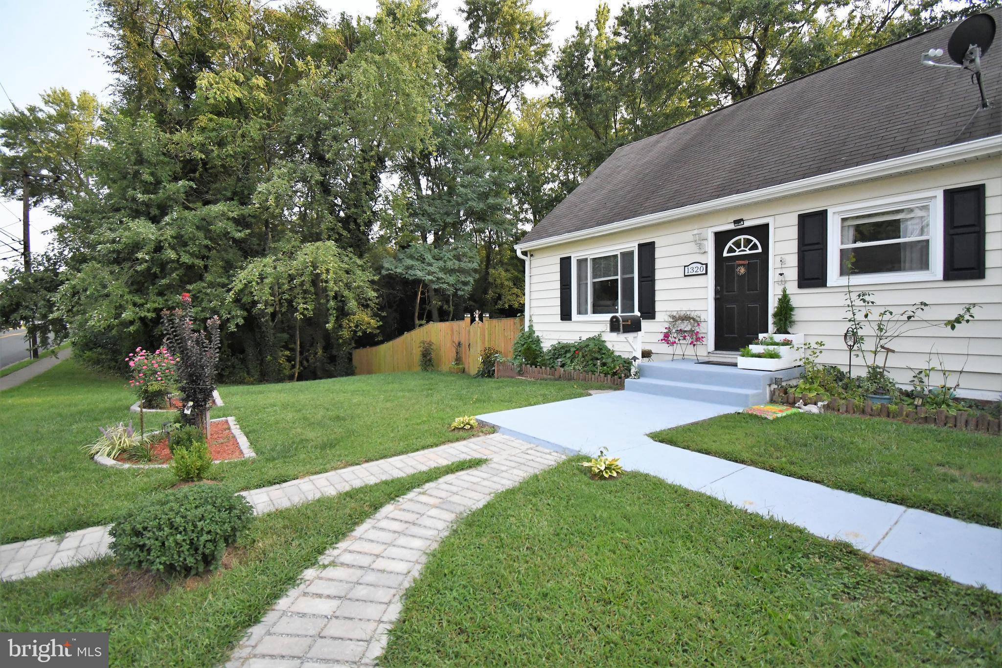Lovely cape cod  with tons of updates through out the house such hardwood floors, updated appliances