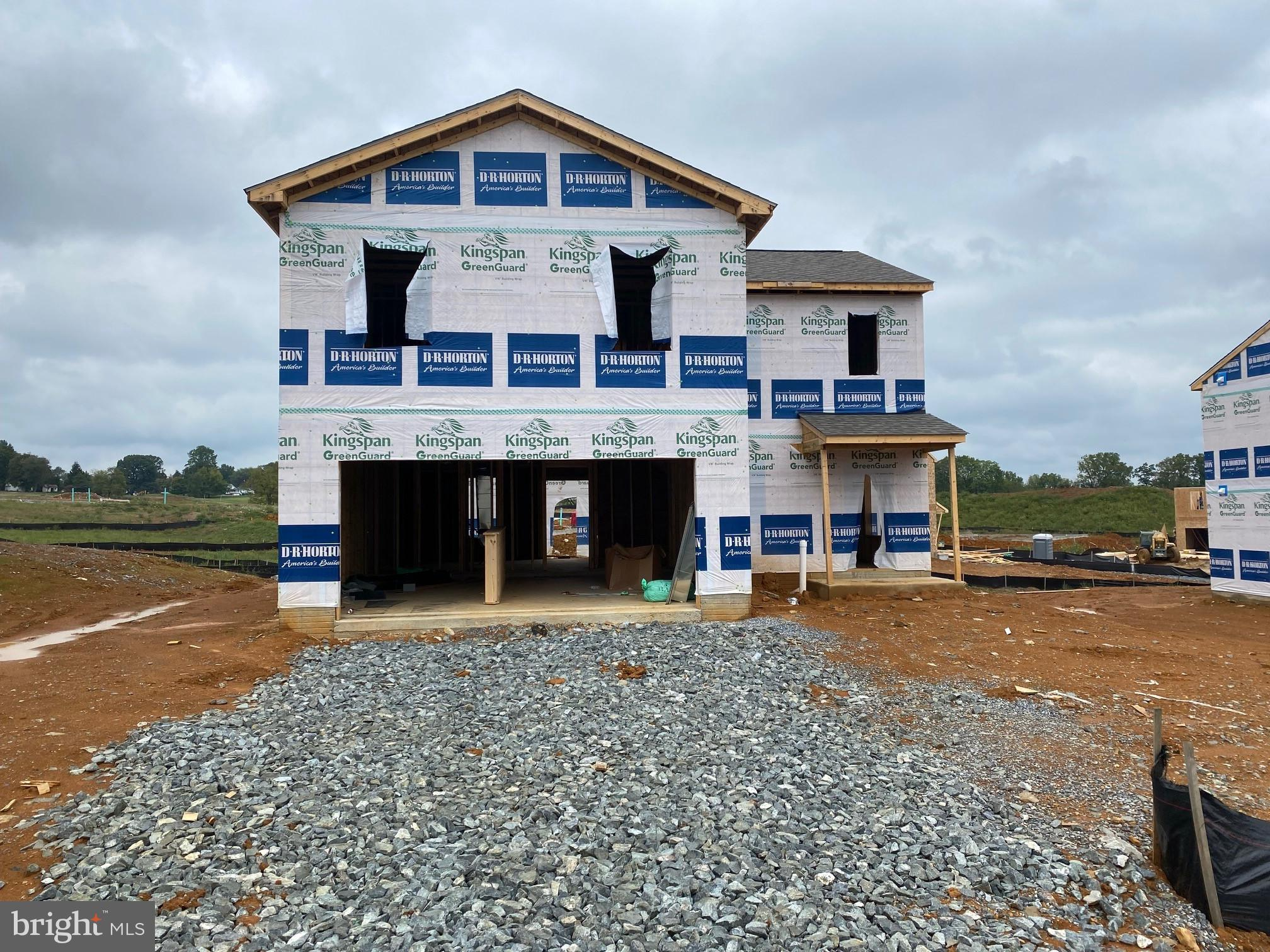 VERY POPULAR DEERFIELD STYLE HOME NOW AVAILABLE!!- MAGNOLIA SPRINGS- D R Horton's newest single fami
