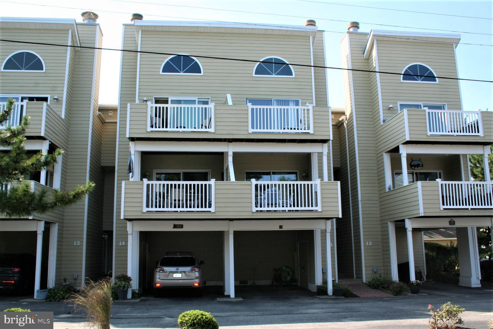 Popular Admirals Bridge unit with 3 Br. and 3.5 Ba. located in the middle of the block on the ocean