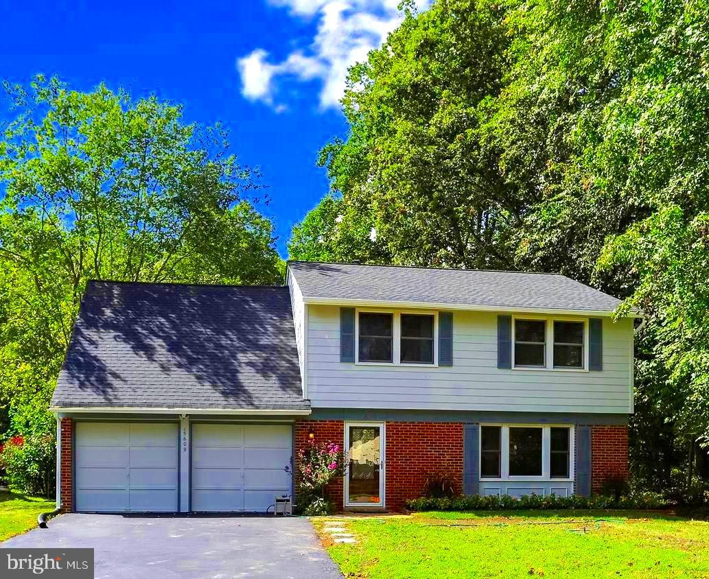 Lovely and Large updated Colonial. Almost 2400 SF  Move -In Ready and not just pretty.  This home is