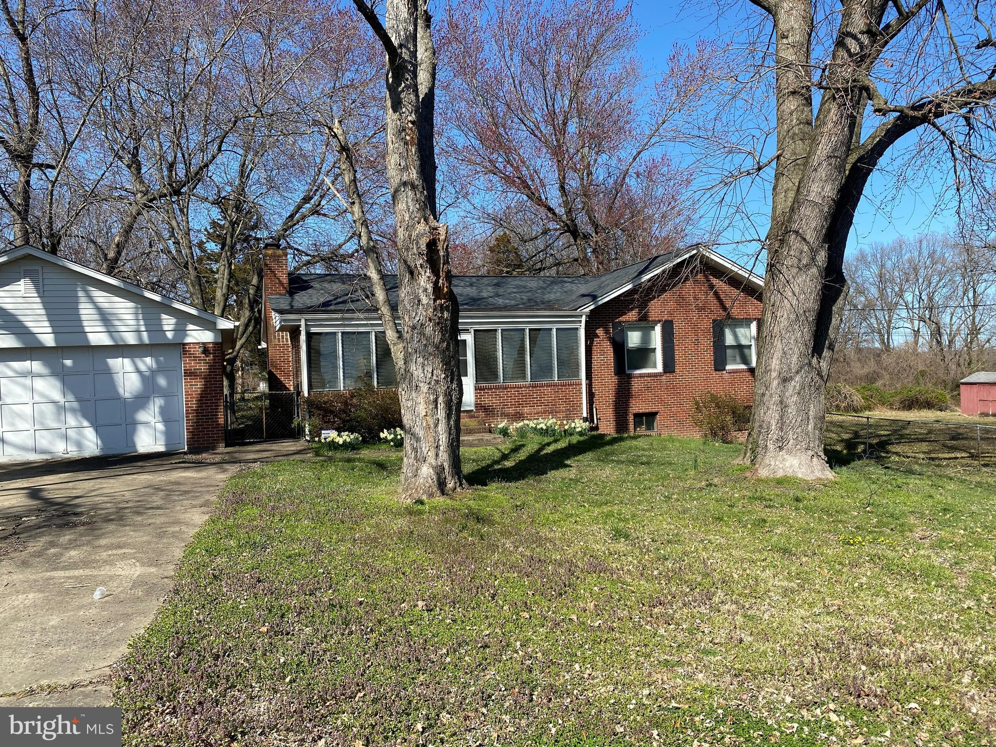 JUST WHAT YOU ASKED FOR  - RAMLBER WITH BASEMENT, 2 CAR GARAGE ON  ALMOST 1 ACRE & NO HOA!!!***4 ADD