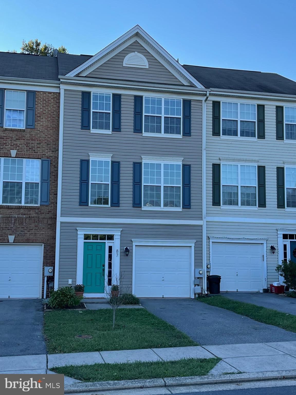 Well Maintained Townhome, In Shepherdstown, just a short walk to Morgan's Grove park and a few minut
