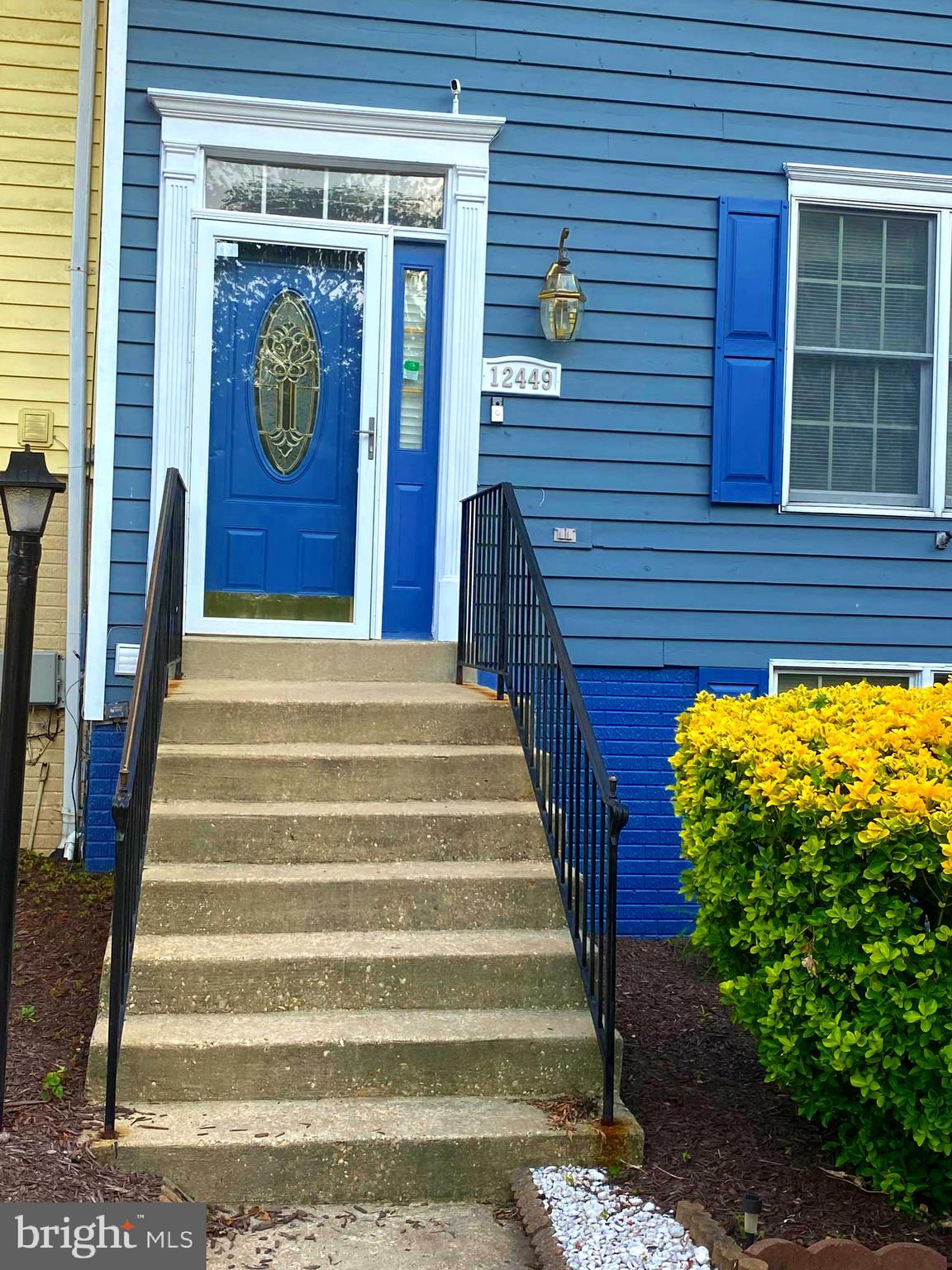 This  Home Is  A Must See!!!!  This lovely move-in ready end unit town home  is being sold as it , T