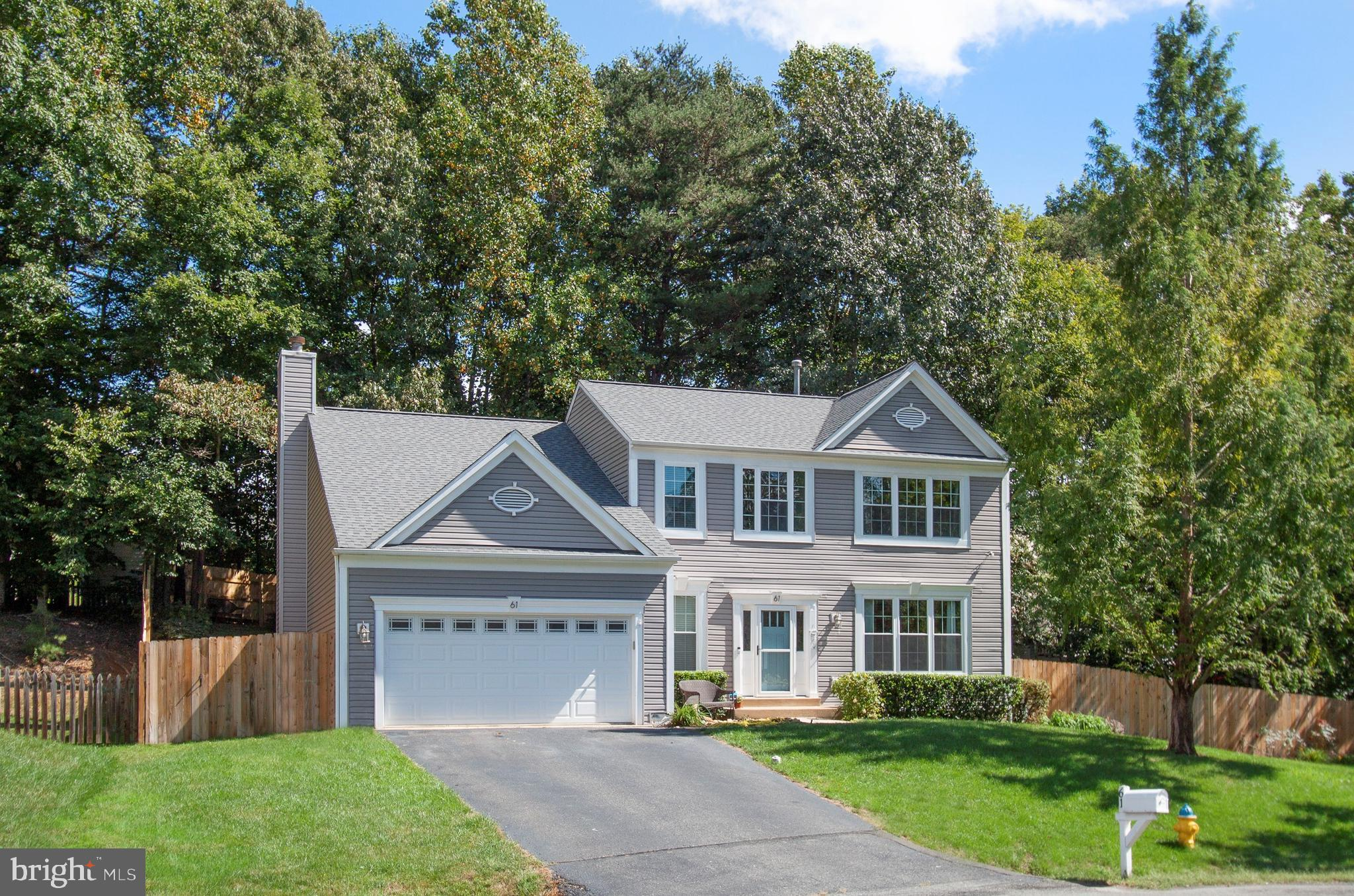 Amazing location, beautiful home! This  Colonial is conveniently located in North Stafford subdivisi