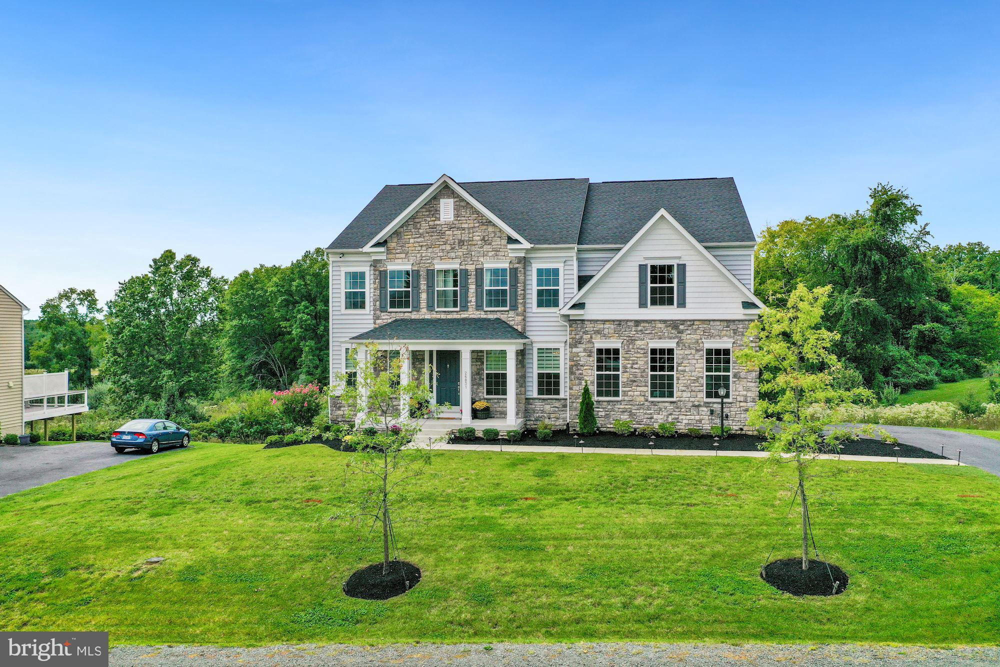 Stunning 2 year young, move in ready K. Hovnanian Memphis 2 on a beautiful private .69-acre lot. Thi