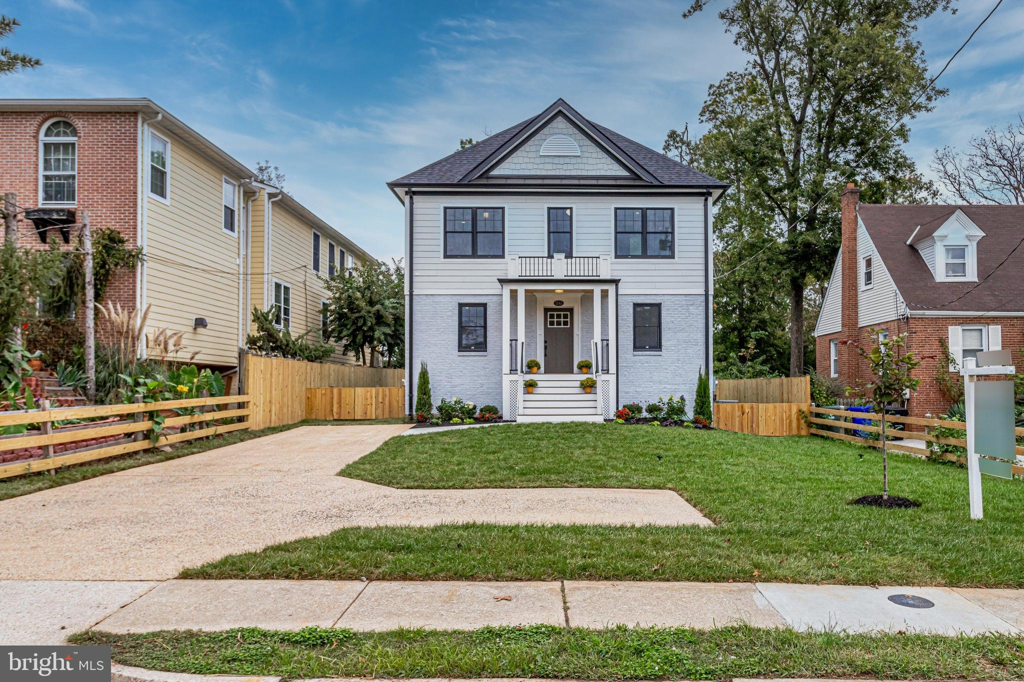AMAZING NEW HOME LOADED WITH CUSTOM UPGRADES THROUGHOUT!!  ONLY 1 MILE TO BALLSTON SHOPPING/DINING/M