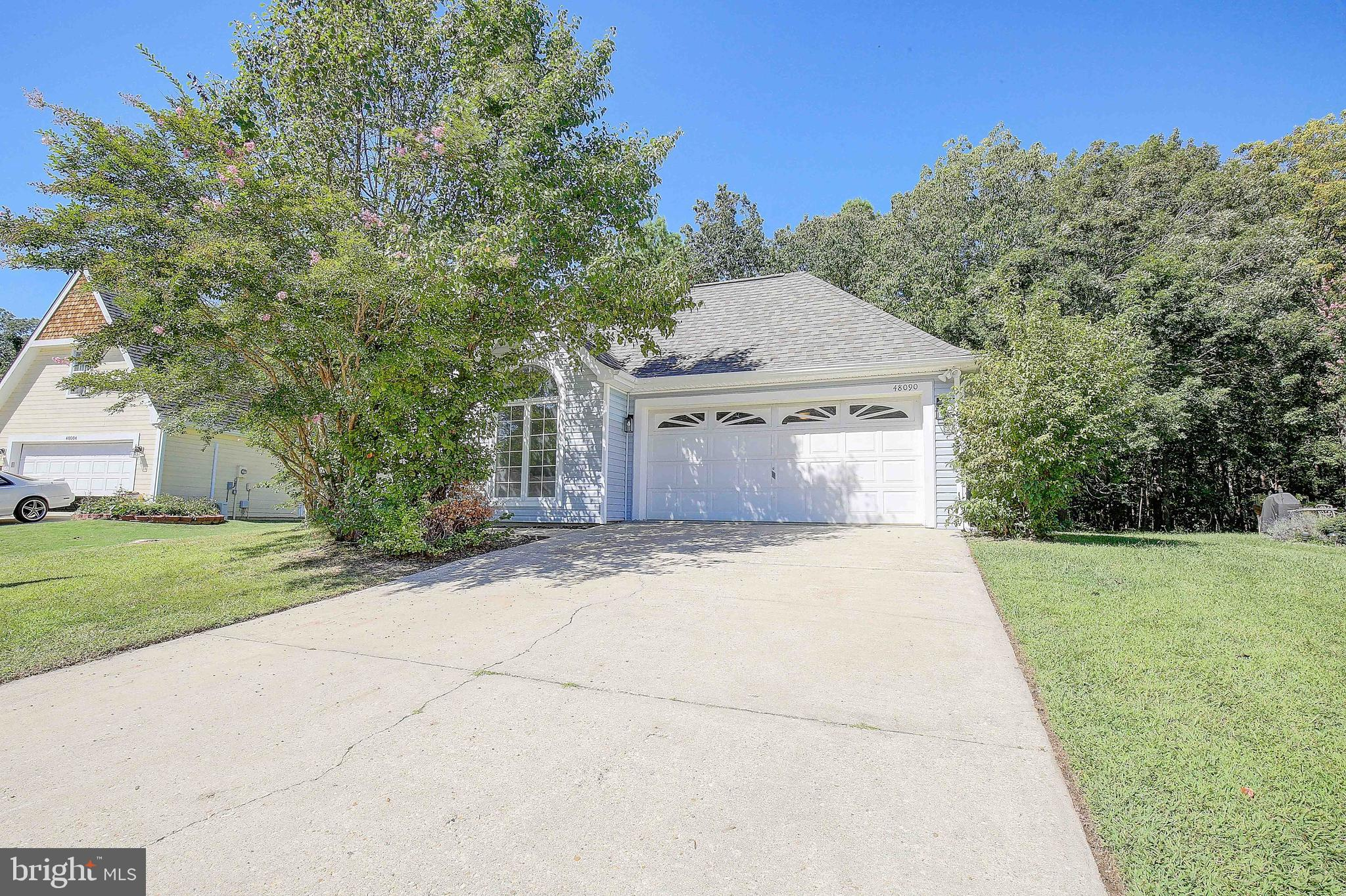 Newly remodeled beautiful one level house in sought after The Landing At Cedar Cove. This 3 bedroom