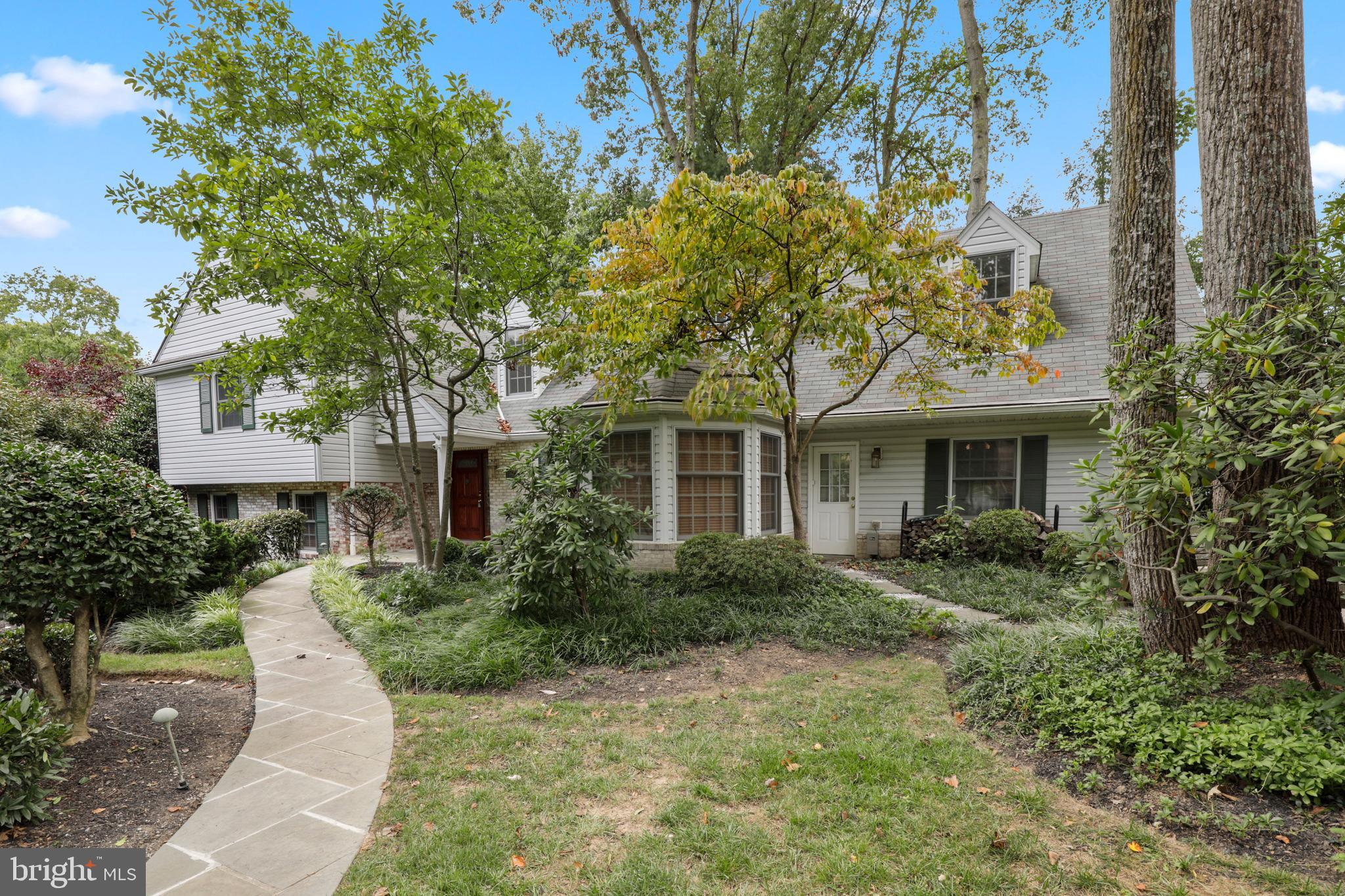 Welcome to 1995 Lancashire Drive  Located in the highly sought-after Potomac Woods/Falls Orchard nei
