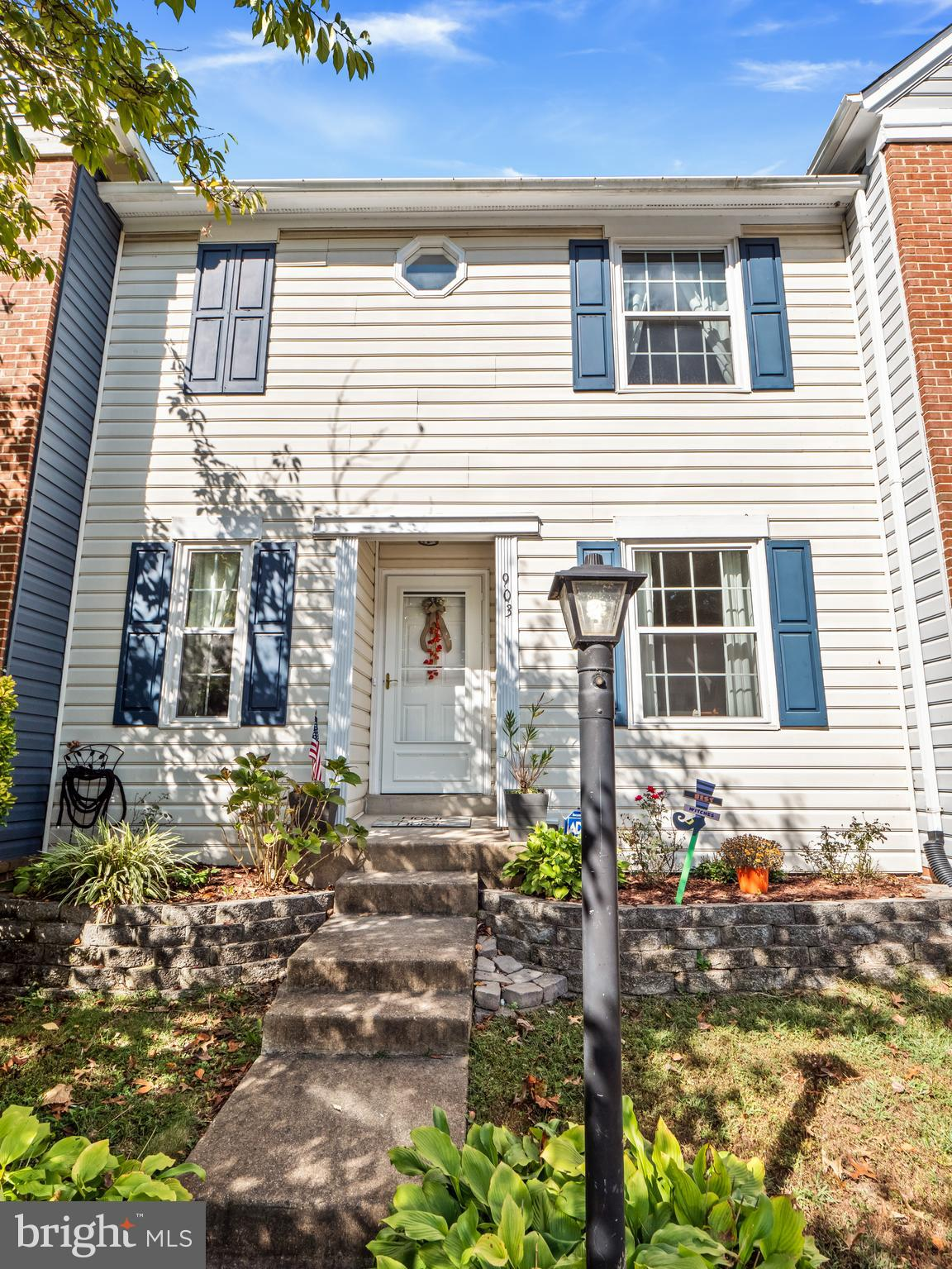 Located close to Quantico, this townhome sits beautifully backed to the trees. Our 3 bedroom, 2 full