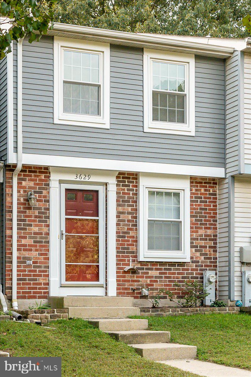 WELCOME TO THE COMMUNITY OF CHESTERFIELD!! THERE ARE MANY AMENITIES TO ENJOY; COMMUNITY POOL, COMMUNITY CENTER, TENNIS COURTS AND PLAY GROUND. THE HOME LOCATION YOU ARE WITHIN 20 MINUTES TO BALTIMORE, 20 MINUTES TO ANNAPOLIS AND 30 MINUTES TO WASHINGTON, DC. BWI AIRPORT & LOTS OF SHOPPING CENTERS IN CLOSE PROXIMITY OF THE HOME.THE OWNERS HAVE TAKEN MUCH CARE OF THE PROPERTY TO INCLUDE FRESHLY PAINTED ON THE EXTERIOR & INTERIOR. THE KITCHEN IS OPEN TO THE LIVING ROOM; STAINLESS STEEL APPLIANCES & GRANITE. BOTH BEDROOMS ARE LOCATED UPSTAIRS THE MASTER BEDROOM  INCLUDES A VANITY/DRESSING AREA TO GET READY FOR A DAYS WORTH OF WORK OR NIGHT OUT ON THE TOWN. THE BACK YARD IS COMPLETELY FENCED WITH PATIO PAVERS FOR YOU TO RELAX IN YOUR FREE TIME OR ENJOY AN EVENING WITH YOUR FRIENDS & FAMILY. 2 ASSIGNED PARKING SPACES AND PLENTY OF VISITOR PARKING. HOME WARRANTY WILL BE OFFERED TO NEW HOMEOWNER.