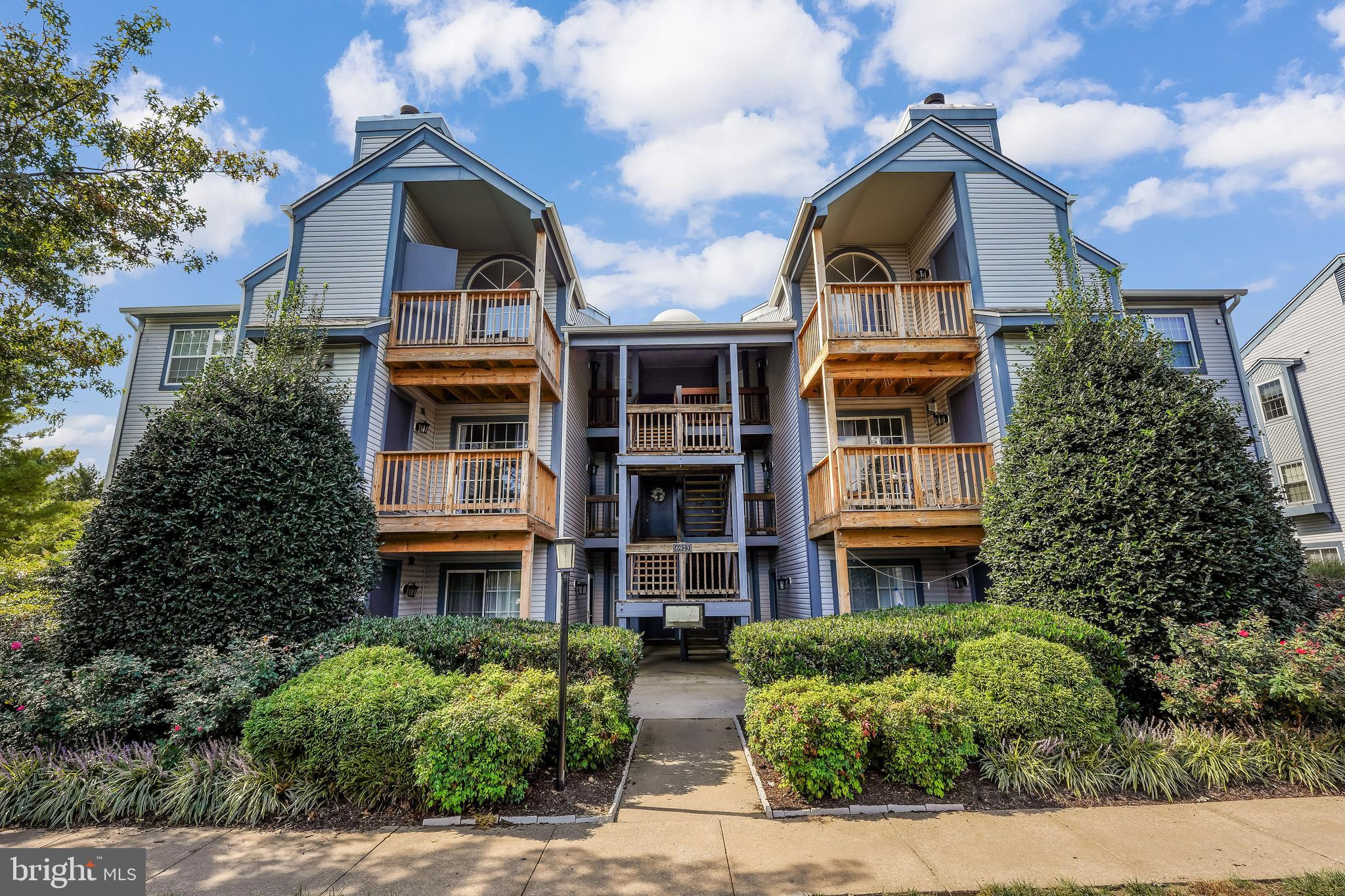 Sought after largest TOP FLOOR unit in Manchester Lakes! Renovated from top to bottom and ready for a new owner.  Complex is VA approved! This home and community has it all. Beautiful updated and upgraded kitchen with granite countertops, stainless steel appliances, large living spaces that can accommodate the largest of furniture, full size stackable washer and dryer, large bedrooms, the primary bedroom is  a true suite with a large walk in closet and spa like bathroom with HUGE soaking tub.  Walk to Amazon Fresh from your new home! Kingstowne Towne Center is also within walking distance. Springfield Town Center is a quick drive down the road too. The community has a pool, community center with gym, tennis courts, basket ball courts, playground and so much more. The condo fee includes water, trash, sewer and snow removal. Priced below other units of this size for a quick sale!  Come check it out!