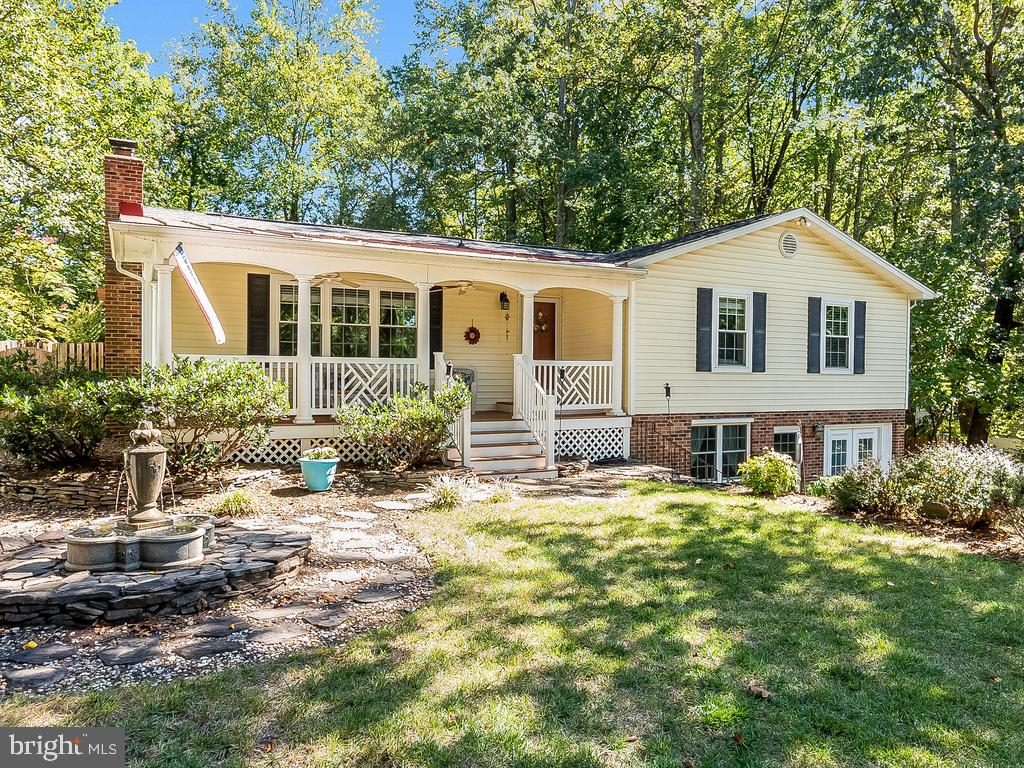 Beautifully Updated & Move In Ready 4BR, 3BA Raised Rambler w/Heated Inground Pool & Spa!  Highlight