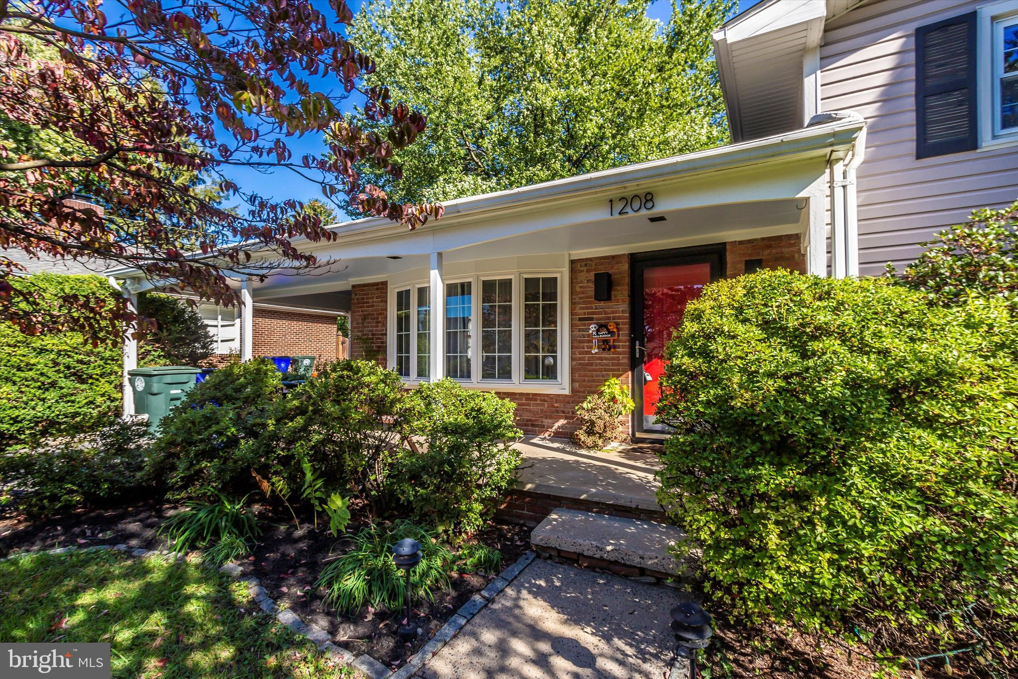 Incredible home in move in condition close to all that downtown Frederick has to offer.   This home