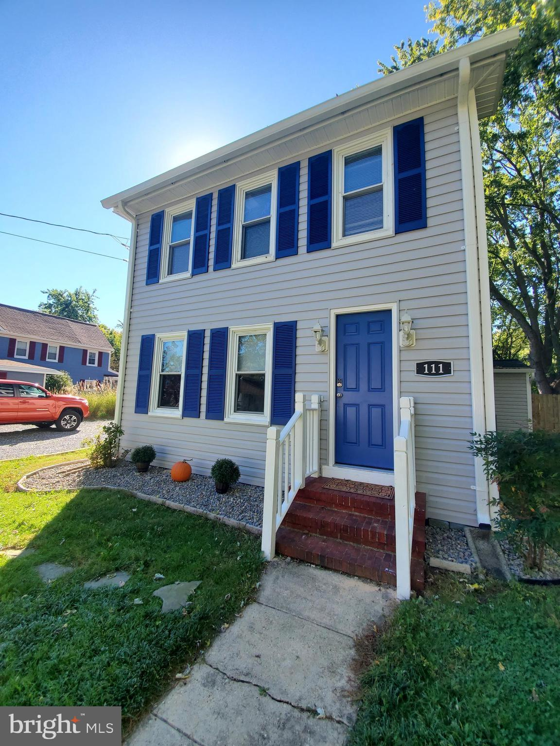 NEW NEW NEW!!!   OPEN HOUSE SATURDAY  10/23/21   2-4 PM This charming two story Colonial is tucked a