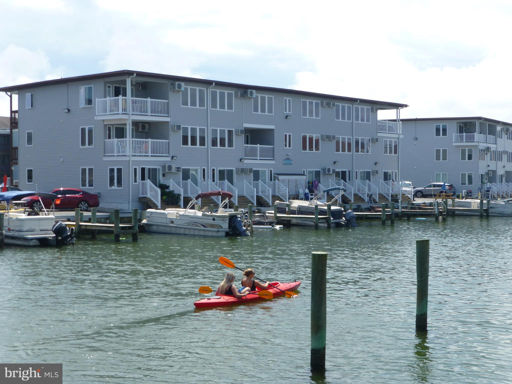 Don't miss this stunning and spacious waterfront condo with peaceful canal breezes and bay view!!  T