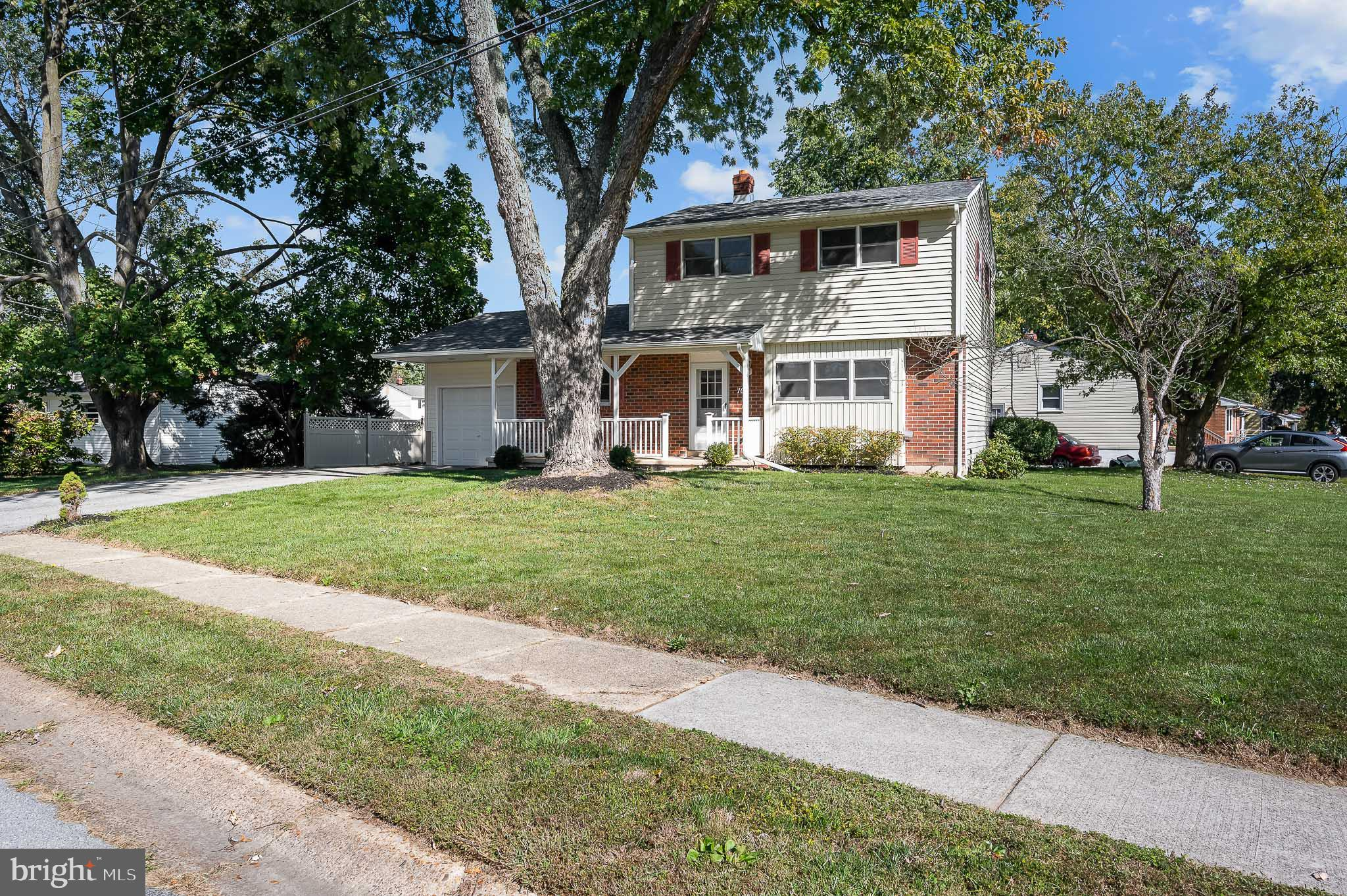 Welcome to Brookhaven! This well kept, spacious home offers a new roof in 2018, newer updated HVAC,