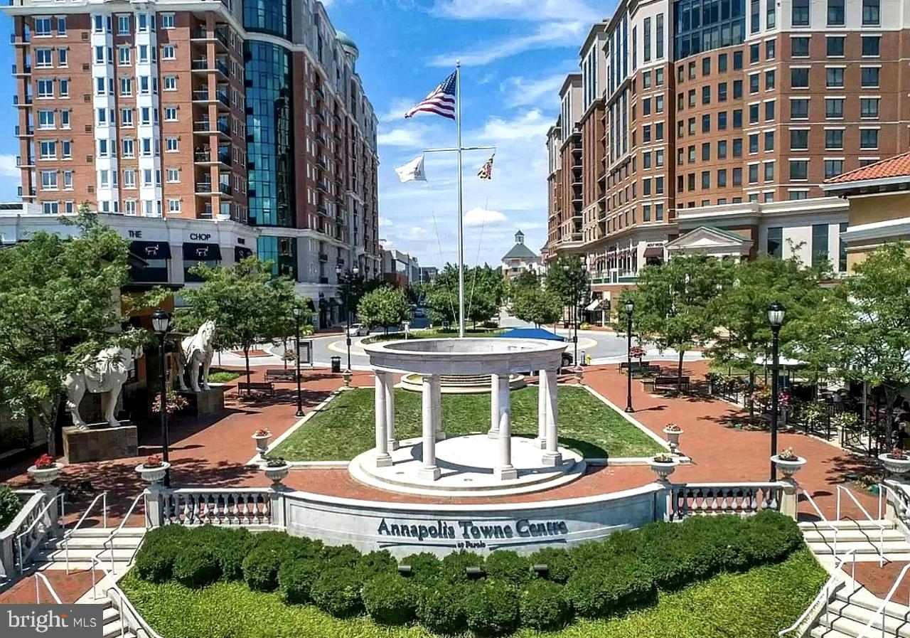 Welcome to 1915 Towne Centre Blvd, Unit 714! Located in the heart of Annapolis, this highly desirabl