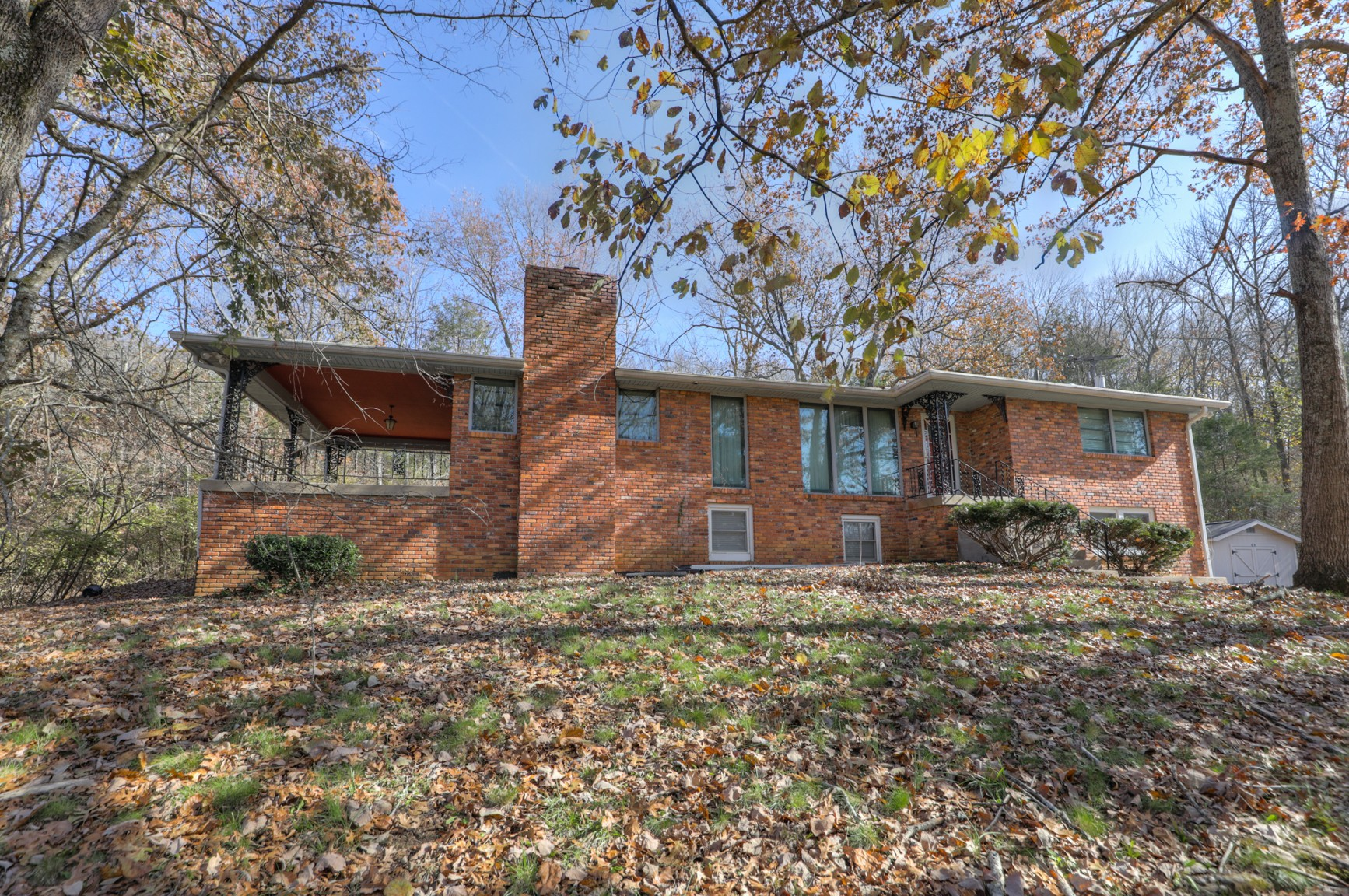 Grab this rare find today! Come see this 3000 Sq Ft Brick 4bd rm 3 bathroom Home nestled on 3.3 acre