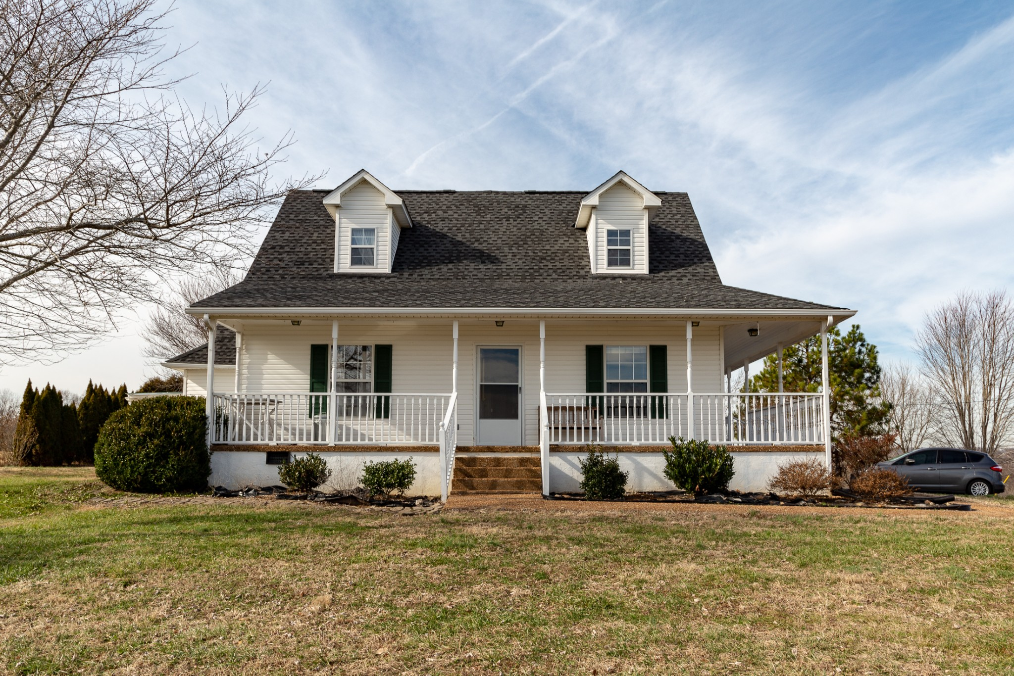 REMODELED 3 BEDROOM/3 BATH HOME ON 19.3 ACRES/60X40 HORSE BARN WITH SEPARATE FOALING STALL HAS WATER AND ELECTRICITY/4 SEPARATE PASTURES, FENCED AND CROSS FENCED/TRACTOR SHED/2 RUN-INS/STORAGE BUILDING/ADDITIONAL WATER SHUT OFF ISOLATION VALVES