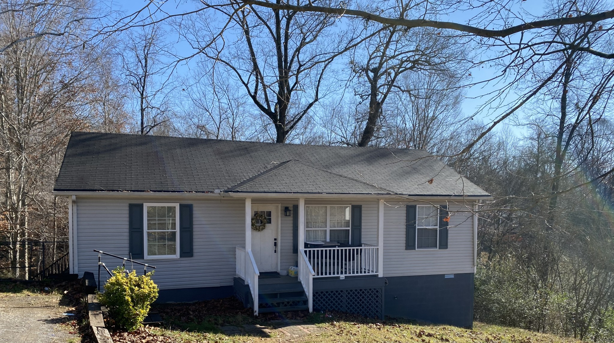 Charming 3 bed 2 bath with a walk out basement/crawlspace that could easily be finished in for addit