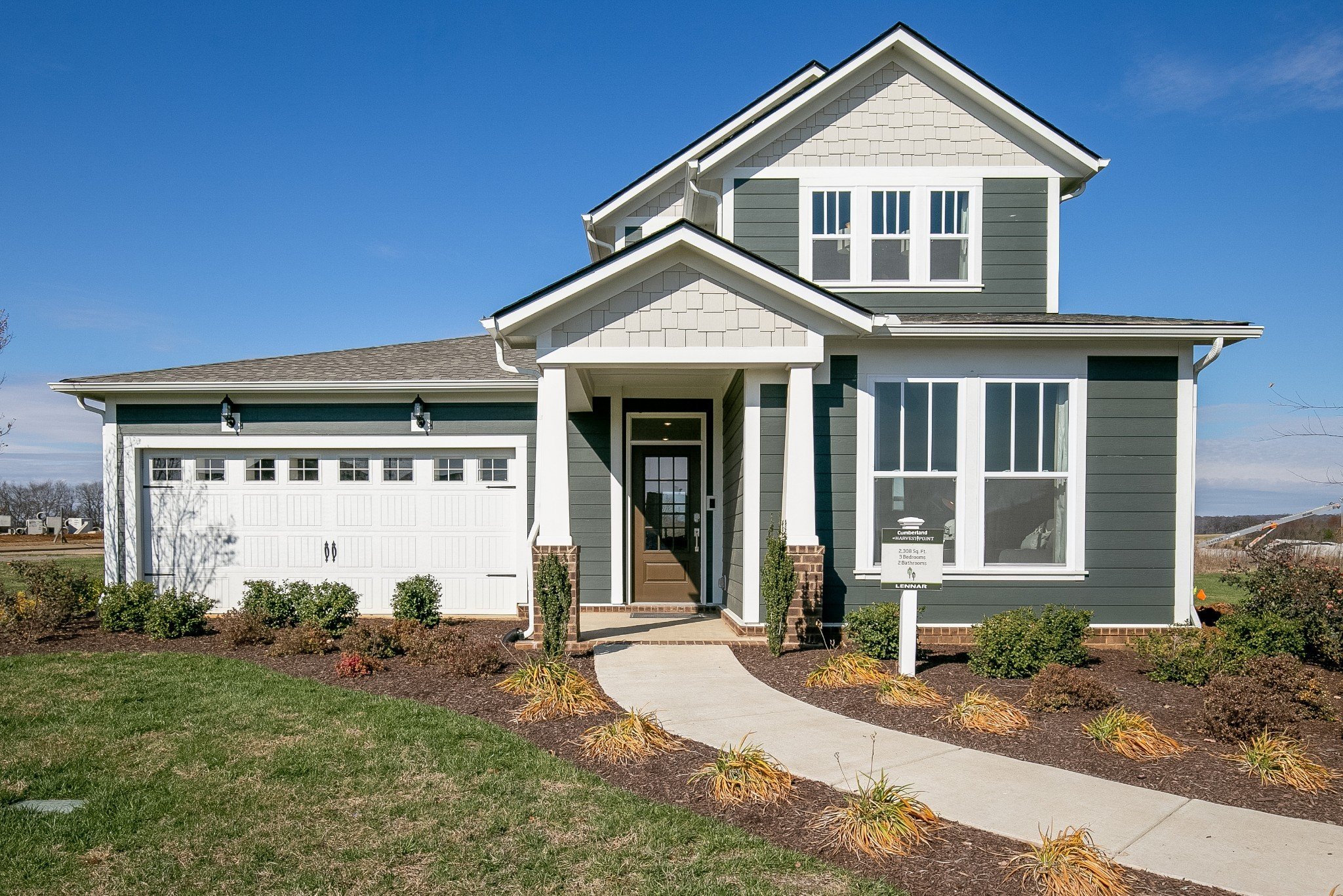 This beautiful Cumberland plan by Lennar Homes features an open floor plan that includes a gourmet k