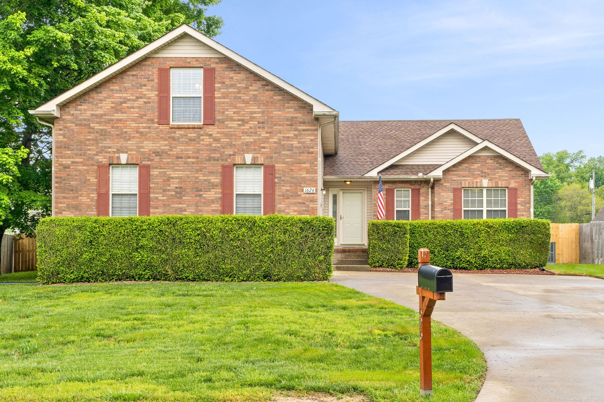 Welcome Home! 3 Bedrooms & Bonus Room - Privacy Fence - Fireplace - Full Size Laundry Room - Master Suite with 2 Walk-in Closets - Formal Dining + Eat-in Kitchen - Stainless Steel Appliances - Come See Today! Offer Deadline Sunday May 2nd at 5pm!