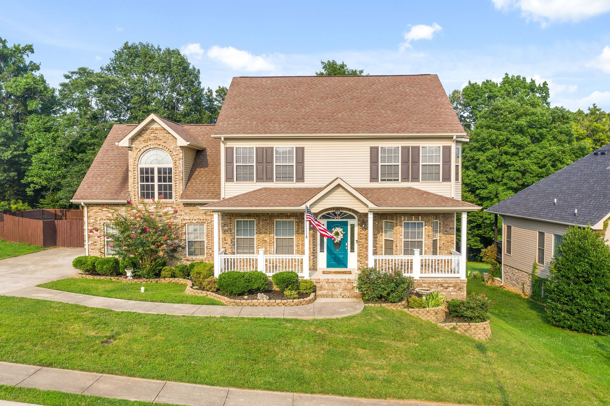 Rossview school district location! Minutes from Exit 8 off I-24. Beautiful contemporary 4 bedroom, 2.5 bath home with huge bonus/5th Bedroom. Backs up to the Red River and no backyard neighbors. Fireplace splits den and great room. Covered Back Deck w/privacy fenced yard.