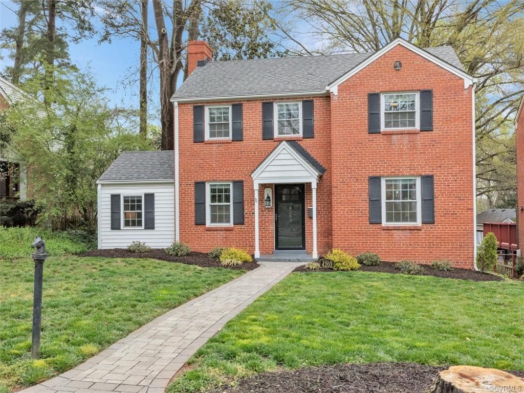 Amazing open kitchen, fully finished basement with additional FULL bathroom, and all of this only a