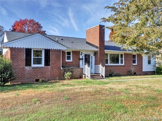 """STUNNING, JUST STUNNING RENOVATION! Beautiful 4 Bedroom 2 FULL BATH """"BRICK"""" RANCH HOME in on of Rich"""
