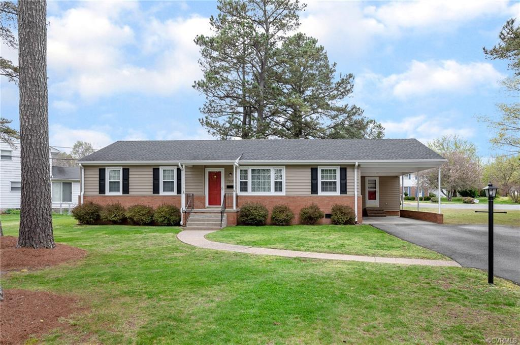 Beautiful spacious ranch features 3 bedrooms & bath and a half, beautiful wood floors thru out some