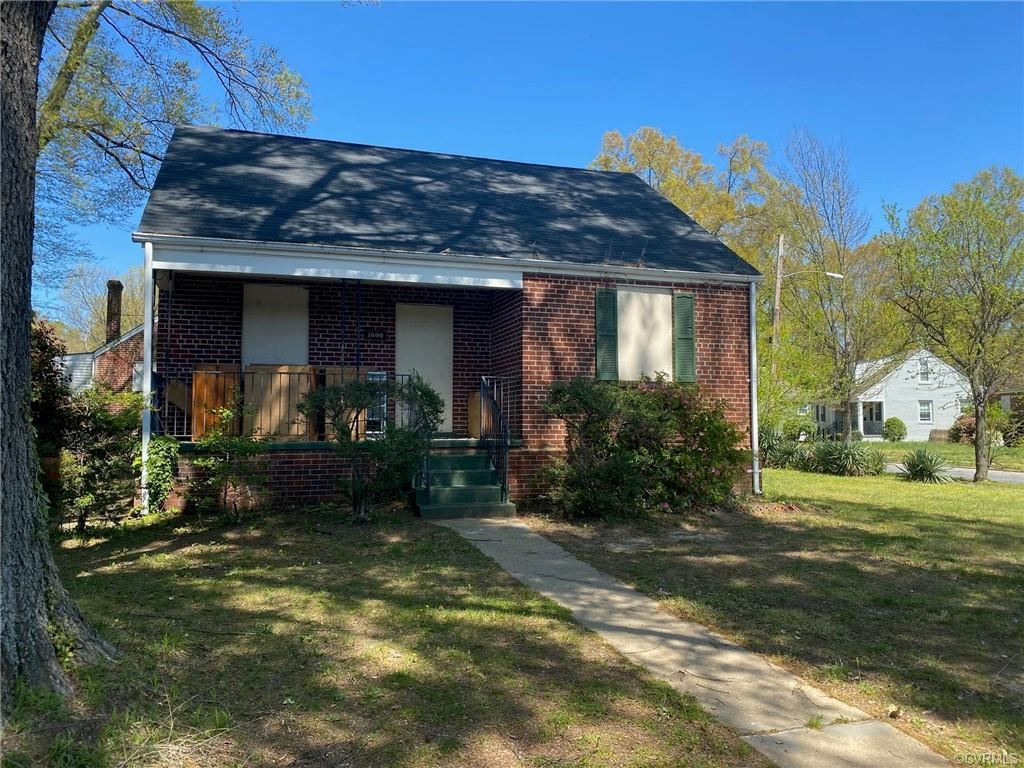 Renovation in progress for a fantastically priced 2 Bedroom/ 1 Bathroom home.  Property is income re