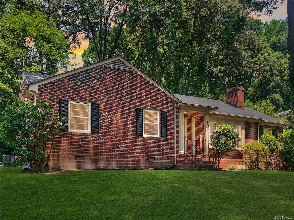 Rare Tuckahoe opportunity. Welcome to 404 Horsepen Road in the heart of the Westham community at U of R. This brick ranch consists of 3 bedrooms & 2 full bathrooms over 1,651 sqft with an unfinished walk-out basement. Upon entering you are greeted with hardwood floors throughout the home. The formal living room has a wood burning fireplace and leads into the formal dining room & oversized family room with classic pine paneling walls (makes for a great space for a possible 4th bedroom). The galley style kitchen walks out to the Florida room. The bedrooms are highlighted with ample closet space, ceiling fans & the primary bedroom has an ensuite bathroom with shower. The unfinished basement is ready for the vision of the next owner and features a 2nd brick fireplace & recently installed sump/water proofing system. The exterior of the home has formal landscaping, mature trees & a paved driveway. The location is unmatched being just steps to the entire University of Richmond Campus, Westhampton Lake, Ridgetop Recreation Association & Bandy Field Nature Park. Just a short drive to quick shopping & restaurants at The Village Shopping Center, Willow Lawn & River Rd. Ready for your updates!