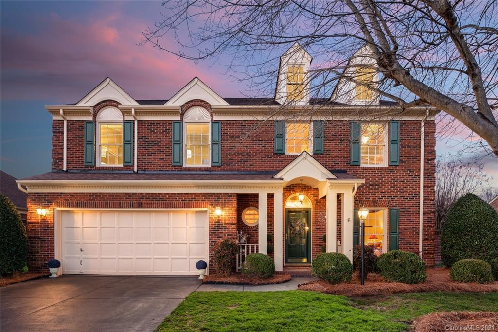 Hi! I'm 10517 Pullengreen - an amazing, beautifully maintained, brick home in the gated Pullengreen
