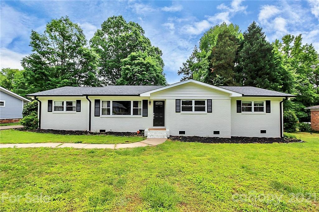 Multiple Offers Received! Bring your buyers best offer by 4:00pm. Monday 5/17/2021~~ALL BRICK RANCH HOME ON HALF ACRE LOT! Located in Marlwood Acres quiet pretty neighborhood with no HOA. Very well maintained-super clean has no carpeting, New Roof 2020, New Water heater Sept 2019, Septic was services 2 week ago, 3 Car Garage detached. Your buyers will not be disappointed, this home is perfect for entertaining family and friends, or simply enjoying a nice evening after work in your private backyard.