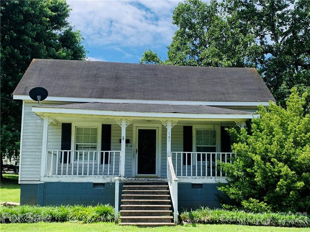 INVESTMENT OPPORTUNITY---charming home with spacious rooms near downtown Clover.  BEING SOLD AS IS