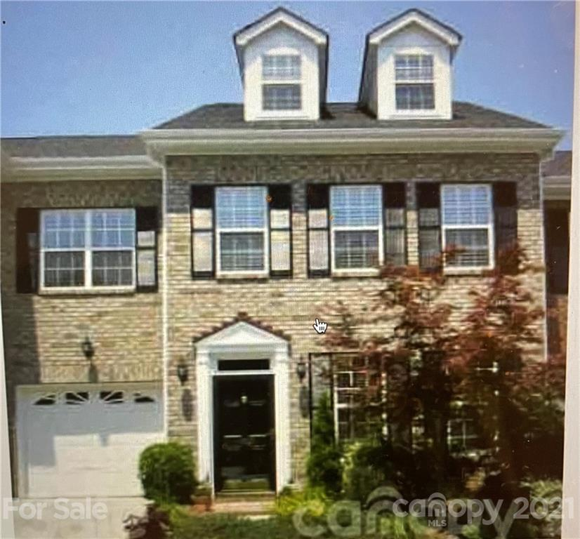Hidden Jewel in BALLANTYNE! Location! Location! Location! 3 floors with 3 bedrooms and 2.5 baths. Th