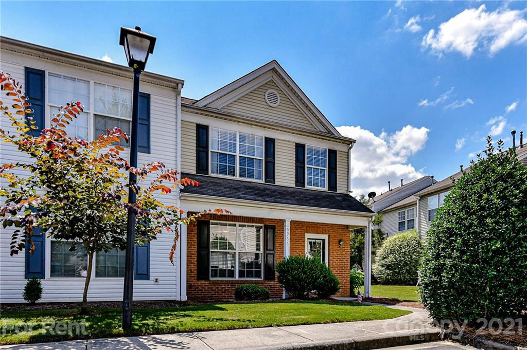 Open-concept 3 bed/2.5 bath END UNIT on quiet dead end street w/in walking distance of Arboretum shopping & short drive to I-485 & downtown Matthews. Kitchen w/SS appliances, dining room w/doors leading to patio & yard w/PRIVACY FENCE. 2nd floor primary suite w/dual sinks, garden tub & walk-in closet + 2 more bedrooms, full bath & laundry.  Desirable schools and close to amenities (pool, tennis, etc)! NEW HVAC 2019, NEW HOT WATER HEATER ('21) and NEW LVP FLOORING ('21). Two dedicated parking spaces. Prof cleaned (carpets too)! Well trained dogs up to 25lbs allowed w/non refundable deposit of $350. 1.5 month deposit ($2,775) due prior to moving in. MANAGED BY OWNER - all applications, negotiations & lease agreements will go through owner. **