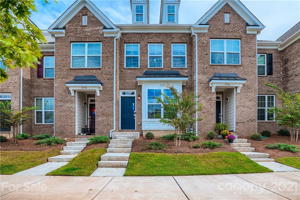 Prepare to call this spacious 2 bedroom, 2.5 bathroom townhome in the coveted community of Rea Farms