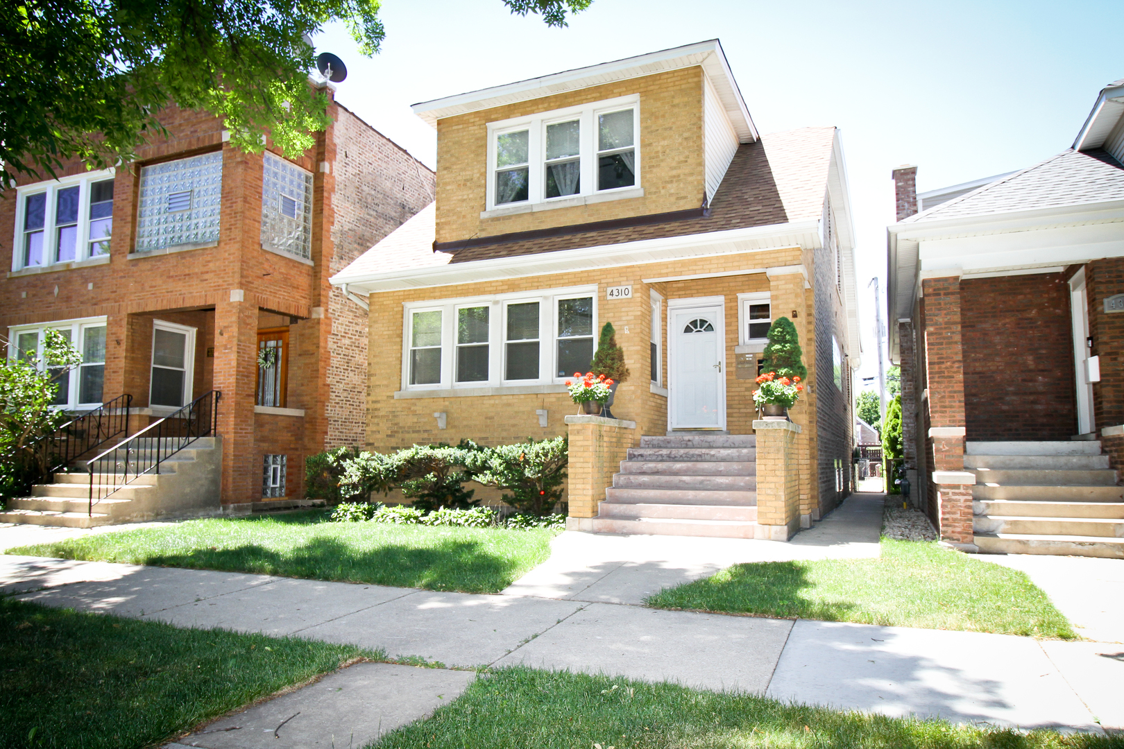 This multi-family home is found in a wonderful and friendly neighborhood conveniently located close