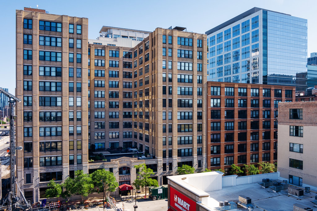 Enjoy life in the clouds in this stunning remodeled West Loop penthouse unit! When entering the home
