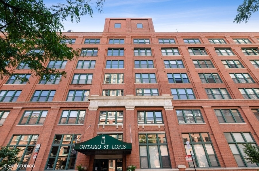 Enjoy spectacular updates throughout this expansive 2 bed/2 bath brick and timber corner loft unit.