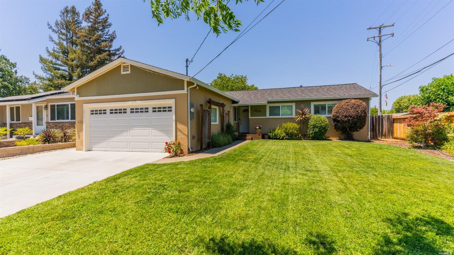 Live in Napa in this updated beauty! Single story home with so many updates and luxurious features.